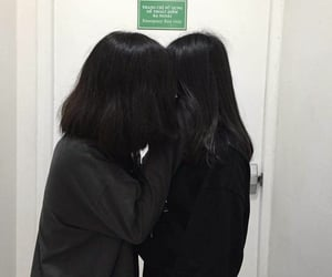 lesbian and ulzzang image