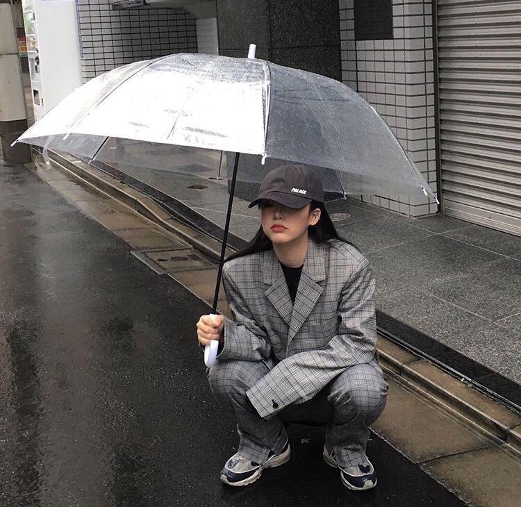aesthetic, girl, and rain image