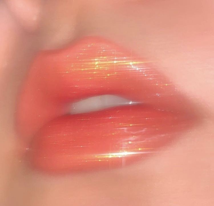 Tumblr lips Mike Likes