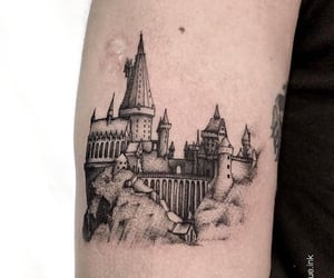 harrypotter, hogwarts, and hp image