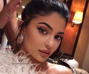 beauty, stylish, and makeup image