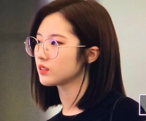 lq, haseul, and loona image