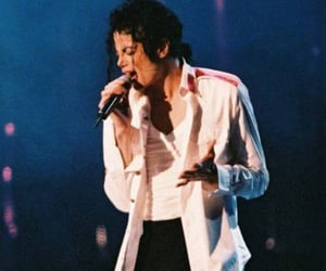 90s, king of pop, and live performance image