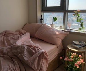 aesthetic, pink, and bedroom image