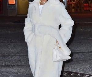 rihanna, classy, and fashion image