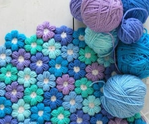 carpet, crochet, and flores image