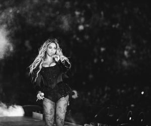 black and white, beyoncé, and fwt image