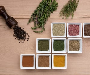 spices and wood image