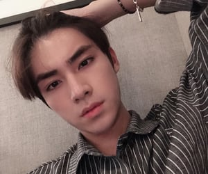 xiaojun is a hot fckiing man