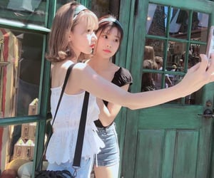 kpop, sakura, and hyewon image