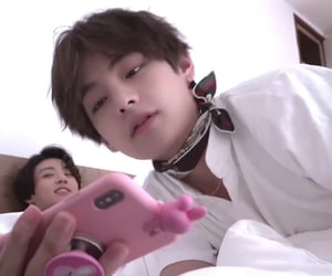 googie, taehyung, and vkook image