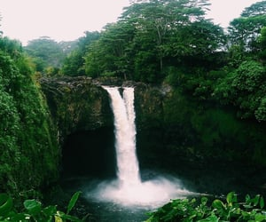 nature, hawaii, and waterfall image