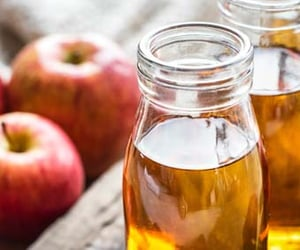 weight loss and apple cider vinegar image