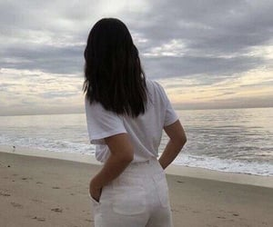 aesthetic, icon, and beach image