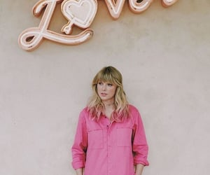 Taylor Swift, lover, and pink image