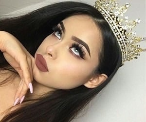 article, makeup, and queen tips image