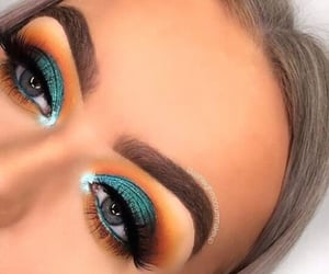 blue, green, and maquillaje image