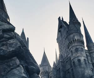 harry potter, hogwarts, and universal image