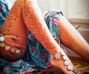 henna lounge, flowerjewellery, and thestylestamp image