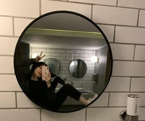 grunge, mirror, and morror image