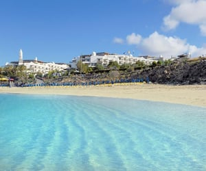beach, lanzarote, and viajar image