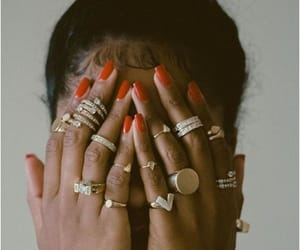 jewerly, nails, and takı image