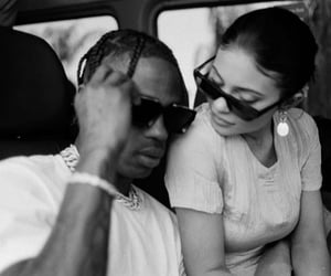 travis scott and kylie jenner image