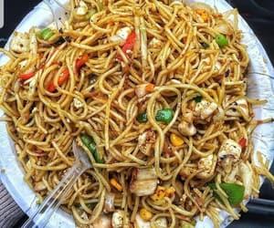 Noodles 🍜 __Naina__