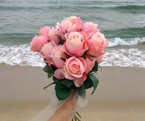 beach, bouquet, and roses image