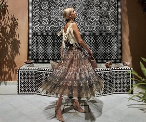 elegancia, moda, and belleza image