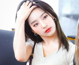 saerom, fromis, and fromis_9 image