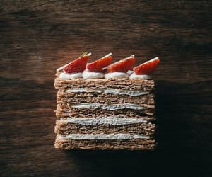 strawberries and millefeuille image