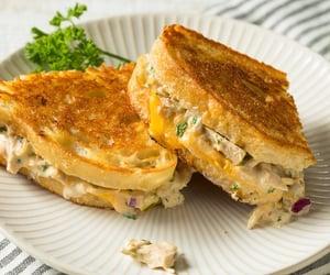 tuna melt // foodohmy