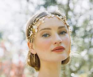 bride, magical, and wedding headpiece image