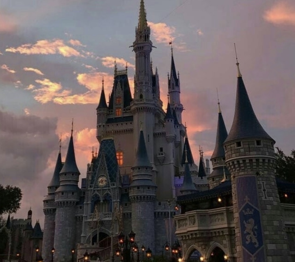article and aesthetic disney image