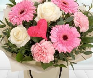 flowers, birthday flowers, and flowers delivery image