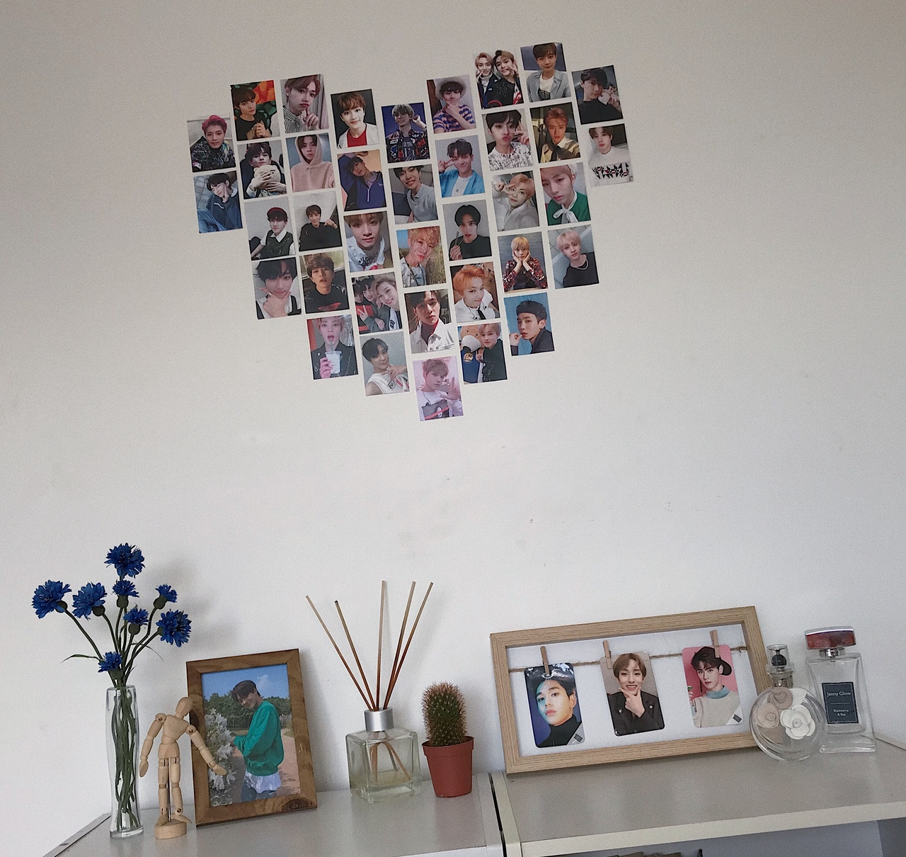 Aesthetic Kpop Room Decor On We Heart It