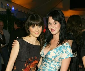 500 Days of Summer, elf, and katy perry image