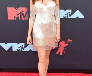 clothes, video music awards, and hilary roberts image