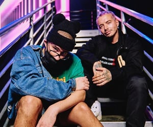 vmas, bad bunny, and j balvin image