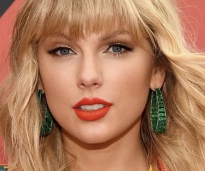 lover, red carpet, and Taylor Swift image