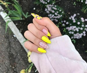 nails, style, and yellow image