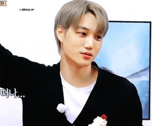 dancer, exo, and jongin image