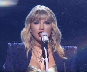 Taylor Swift, vmas, and lq image