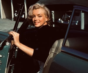 Marilyn Monroe, vintage, and car image