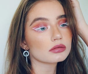 look, makeup, and unique image