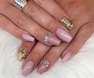 beauty, pink acryllics, and nail polish image