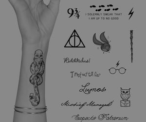 black and white, expecto patronum, and harry potter image