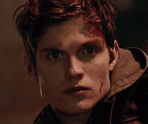 gif, teen wolf, and isaac lahey image