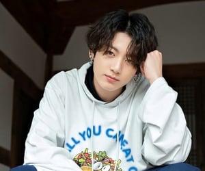 korean, bts, and jungkook image